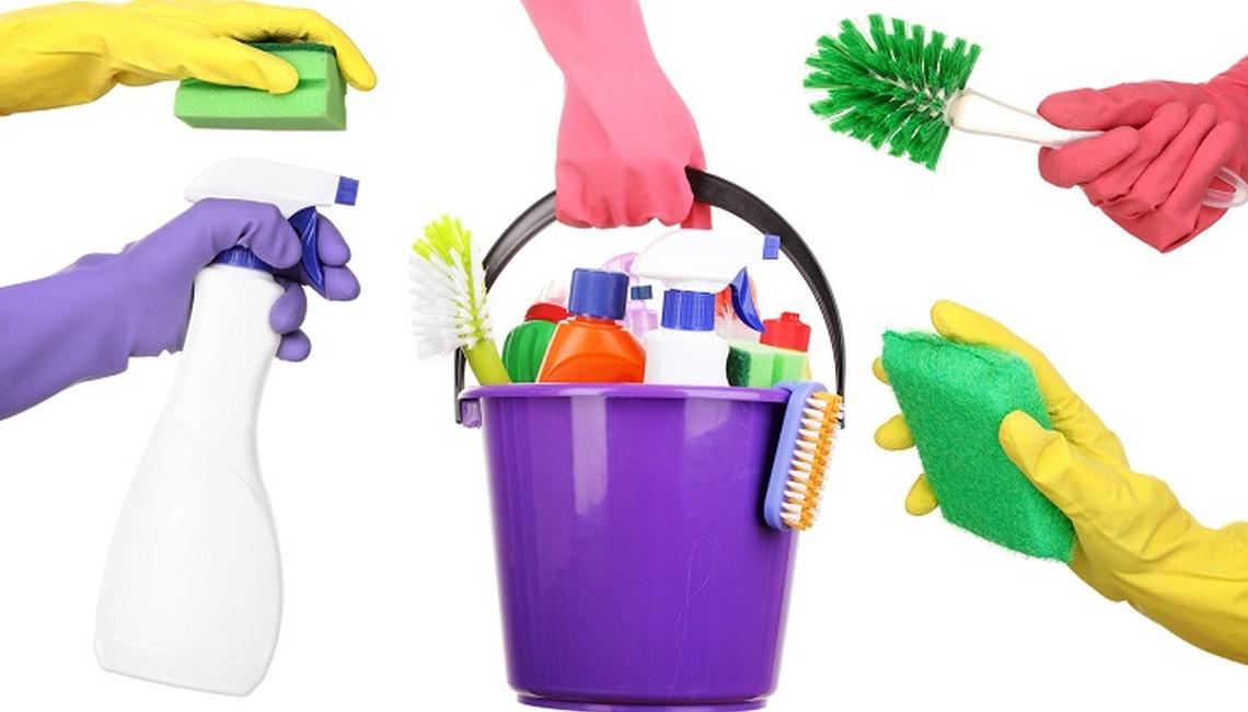 pulire-materiali-degli-infissi